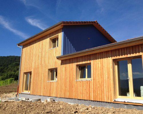 Maison avec bardage de maison bois avec bardage naturel for Bardage metallique pour maison